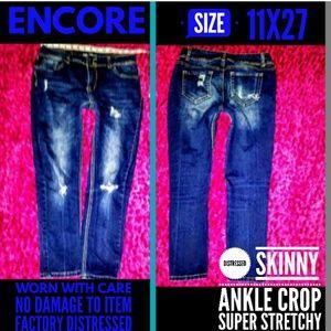 Encore Jeans Size 11x27 Distress Skinny Ankle